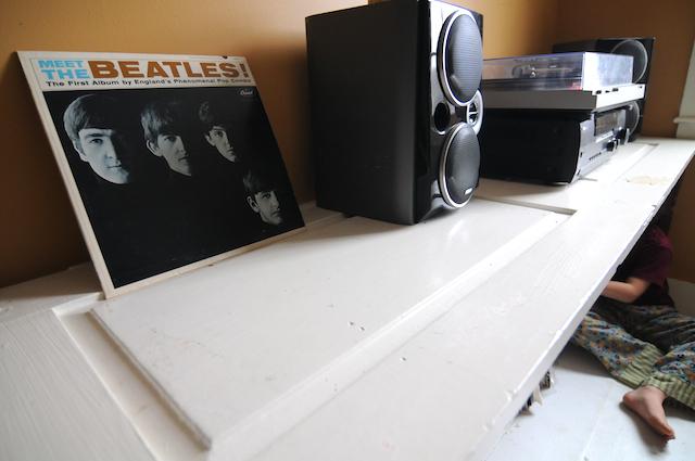 Vinyl (6)