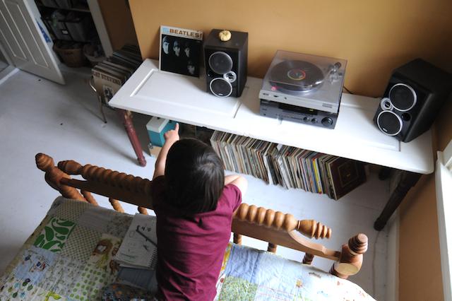 Vinyl (8)