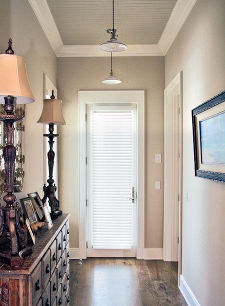 Hallway_sinclair