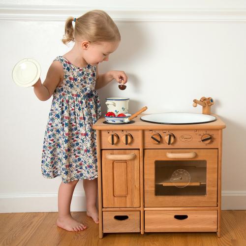 1444-elsas-kitchen